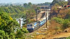 Konark Express (AyushKamal2014) Tags: kamshet 40277 konarkexpress kynwdp4d