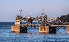 Cargador de sal (ibzsierra) Tags: sea mer canon mar mare salinas ibiza 7d eivissa sal baleares espaola cargador 70200issum 2salinera