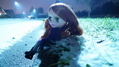 Staring at the snow (samdiablo666) Tags: snow january blythe plasticpeople adg blythedoll 2016 samsykes adgblythe samsy samdiablo samdiablo666 plasticfantastics