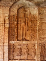 Jain saints (Voyou Desoeuvre) Tags: india places badami