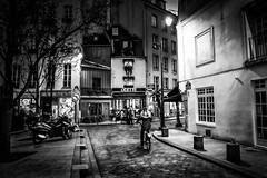 NOCTURNE (Mohsan') Tags: street bw paris france night mohsan xt1 xf1855mm fujixt1