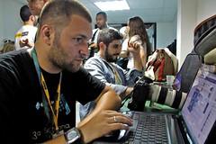 Eu Trabalhando Photo (Pingo_Photos) Tags: show photo foto photographer photos fotos evento press trabalho impressa fotografo manifestao fotojornalista    correspondente