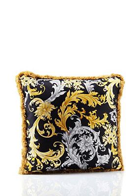 Qùa tặng 8/3 hấp dẫn từ thương hiệu Versace.