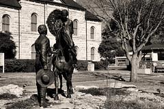 _MG_1692 (Scosanf) Tags: travel blackandwhite sculpture monochrome statue architecture canon buildings eos texas roadtrip 6d countycourthouse canonef24105mmf4lisusm