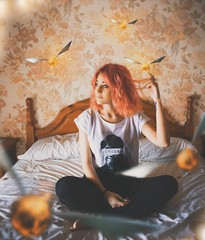 (AnnTheGinger) Tags: flower girl hair golden fly bed magic harry potter snitch levitate potterhead