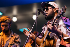 Joe Hertler & The Rainbow Seekers (jhwill) Tags: music color concert michigan sony livemusic annarbor event performer rockthedistrict vscofilm joehertlertherainbowseekers a7rii 85mm14gm