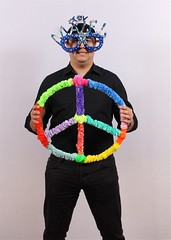 prop pose.... (Wendy The Pipe Cleaner Lady) Tags: birthday party color art kids fun creativity for diy colorful bend little fuzzy unique great creative fluffy parties craft twist it entertainment imagination entertainer wendy communion twisted upa partyfavors christmascrafts bridalshower weddingentertainment sweet16 partyentertainment babyshower artsandcrafts teambuilding batmitzvah wwwthepipecleanerladycom wendybaner thepipecleanerlady wendythepipecleanerlady pipecleaners barmitzvah birthdayparties marthastewart partyfavor childrensparties interactive holidaycraftsprojects holidaypartyentertainment holidaycrafts christmascraftprojects crazyglasses pipecleanerrings roserings cocktailrings interactivecrafts firstbirthdaysweddingentertainmentamericanmadefinalistpartyentertainmentchildrenspartyentertainmentcraftentertainmentbirthdaypartyentertainmentselfiepropschildrenspartyentertainerknown twistingtwisted nightstwist