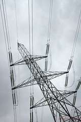 107/366 - Electrifying (roblee.photography) Tags: sky oneaday lines pylon photoaday electricity april pictureaday 2016 project365 project365107 canoneos7d ef40mmf28stm project36516apr16