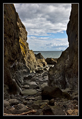 Low Tide Alternative (K-Burn) Tags: cliff coast rocks fife chain elie eastneuk eliechainwalk kincraighill