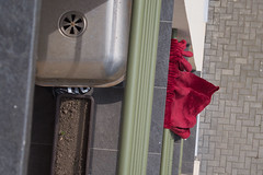 (Goran Patlejch) Tags: red abstract color view prague wind pavement balcony olive prag praha praga velvet railing drapes patlejch gntx goenetix patlejh