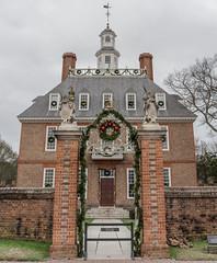 The Governor's Mansion (Benjamin Coy) Tags: christmas houses homes winter history virginia war december path bricks colonial historic williamsburg colonialwilliamsburg paths revolutionary 1700s