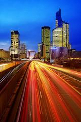 Dfense (Arsne CHAUVIN) Tags: city paris france route nd pause dfense filtre longue