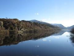 8946 Llyn Padarn reflections (Andy - Not too busy) Tags: lake snow water reflections cymru www bluesky rrr snowdonia sss ppp bbb lll eryri eee llynpadarn wintersunlight 20160120