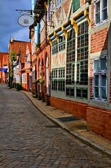 Altstadt Lauenburg (Gelegenheitsknipser) Tags: deutschland altstadt sh 2009 rz fassade schleswigholstein norddeutschland lauenburg kreisherzogtumlauenburg lauenburgelbe mpfotonet gelegenheitsknipserde marcopagel