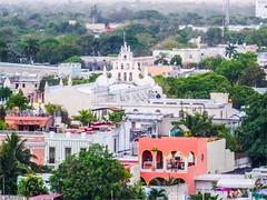 Mérida - Yucatán México 150509 182517 6225 HX50V (Lucy Nieto) Tags: méxico yucatán mx mérida ejidodelcentro