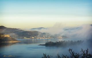 Ullibarri entre la niebla.-Through the fog Ullibarri. Nº60