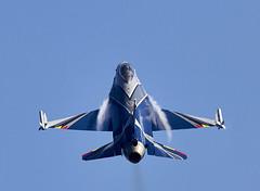 F-16 Flacon (Bernie Condon) Tags: fighter martin belgium military jet f16 falcon belgian lm bomber lockheed warplane fightingfalcon