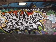 graffiti, Southbank (duncan) Tags: graffiti southbank