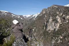 Wildwatching (ramosblancor) Tags: travel people naturaleza mountain nature landscape gente asturias paisaje personas montaa somiedo viajar wildwatching