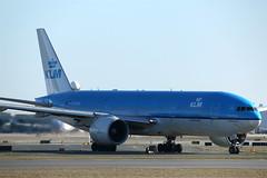 "Klm Airlines""Albert Plesman""PH-BQA (shumi2008) Tags: boeing klm airlines 777 yyz 777200er b772"