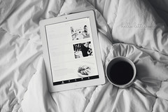 Blogjunkie ;) (Hello Little Wing) Tags: blackandwhite coffee canon blog bed mug 365 duvet canongirl