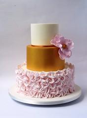 Pink & Gold Shimmer Wedding Cake (Welcome Treats) Tags: goldshimmer fantasyflower weddingcakesnorfolk weddingcakesnorwich weddingcakesstalham weddingcakesgreatyarmouth weddingcakeshickling goldshimmercake flowerrufflecake