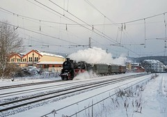 58 311 UEF(Ulmer Eisenbahnfreunde) (Daniel Powalka) Tags: winter portrait panorama tree train germany deutschland photography photo nikon flickr track foto fotograf fotografie photographer photographie photos award wolken eisenbahn rail railway zug loco fotos d750 railways trainspotting spotting wetter railroads artland dampflok lokomotive schiene trainspotter züge autofocus strecke lokomotiven sonderzug fahrgäste dampfzug fahrgast flickrsbest lokführer flickrcenter flickraward flickrphotoaward flickrawardgroup photonawards awardflickrbest filstal nikonflickraward dampfzüge flickrtravelaward filsbahn flickrclickx flickrphotosperfect