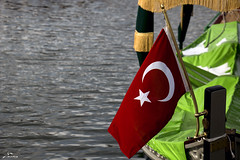dirili resurrection (yasar metin) Tags: life light water turkey turkiye turkish turk trk bayrak lightdark tutku tutunmak