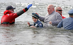 "Freezing Young ""Officer"" (jrussell.1916) Tags: costumes winter water lakes police kansascity kansas specialolympics shawneemissionpark polarplunge canonef70200mmf4lis"