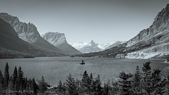 Saint Mary Lake (Thomas Frejek) Tags: usa montana glaciernationalpark 2011 saintmarylake