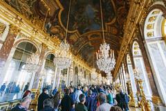 Galerie des Glaces (Jimmy C W Lu) Tags: travel light paris france reflection building art window canon mirror europe paint palace versailles   1635      1635mm               5d3 5diii