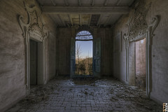 Old Country Mansion #7 - Falling Panorama - (Stokaz) Tags: door old urban ex window dc floor decay country sigma falling mansion exploration 1020 abandonment hdr urbex 2016 hsm stokaz