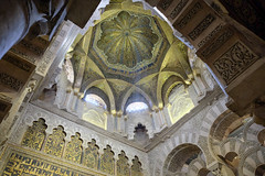 Cordoba Mosque (Spain) (2/3) (el vuelo del escorpin) Tags: espaa color colour andaluca spain fuji cathedral islam catedral mosque mezquita 1855 crdoba xe2