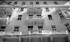 housefront (wigerl - herwig ster) Tags: blackandwhite bw house lumix austria photo österreich balkon haus kärnten carinthia front panasonic photowalk märz 2016 villach hozse fz1000 gedenkphotowalk