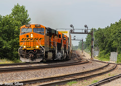 Long live the Santa Fe. (Machme92) Tags: railroad sky america rail trains row bn american rails ge railfan bnsf railroads railroading atsf railfanning gevo railfans trainmeet transcon trainrace burligrton