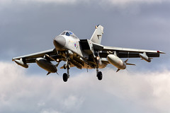 027 landing-1 (markranger) Tags: tornado raf 027 gr4 marham