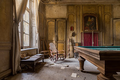 In the morning light (Photonirik) Tags: urban abandoned path decay exploring places secession ruine chateau exploration oblivion ue urbex urbaine oubli urbexing