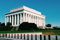 Lincoln Memorial (nuthon) Tags: new trip family winter vacation usa holiday snow cold building tree monument water museum america shopping boat washington memorial tour places location enjoy attractive lincoln april 2016 nuthon
