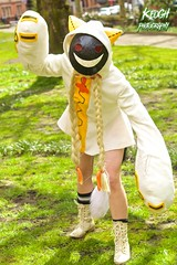 IMG_8888 (Neil Keogh Photography) Tags: red white black anime yellow cat mask boots cosplay top manga videogame hood shorts cosplayer paws pigtails catears smileyface plats blazeblue taokaka nwcosplayeastermeet2016