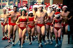 Toronto Santa Speedo Run (livingspreetv) Tags: toronto yorkville santaspeedorun hemingways topw torontosantaspeedorun topwyv2
