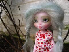 Mist (MissLAndMrH) Tags: pixie eah harelow