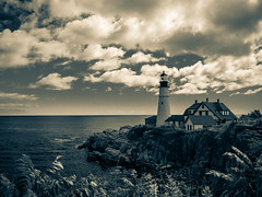 Cloudy day (CTfoto2013) Tags: ocean light sea sky usa lighthouse house seascape building fall beach nature water monochrome rock architecture clouds america automne portland landscape lumix coast seaside marine rocks eau waves mood outdoor marin maine newengland wave atmosphere stormy panasonic automn shore lumiere cote nuages paysage maison vagues plage phare atlanticocean reflets backwash rochers portlandheadlight eastcoast rivage rockformation capeelizabeth borddemer oceanatlantique ressac orageux mareehaute gx7
