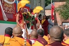 Lama Gyourmé  moines devant le Stupa Christine Jollin