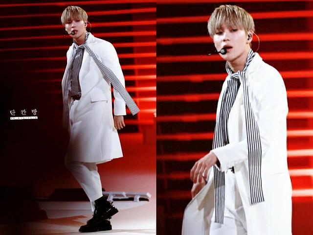 160315 Taemin @ Style Icon Asia 2016 25218039443_0a076cd815_z