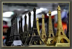 Souvenirs de Paris (SwissMike62) Tags: city paris france tower toureiffel touristshop