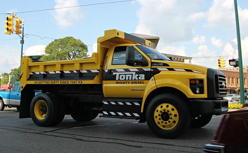 ford f 750 tonka - Mighty Ford F 750 Tonka