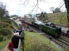 Flying Scotsman at Goathland Station (Simon Caunt) Tags: heritage train flying yorkshire railway steam coal goathland scotsman nymr