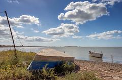 Acque placide (RoLiXiA) Tags: sardegna panorama landscape landscapes sardinia barche sardaigne cerdeña panorami elmas zoneumide stagnodisantagilla lagunadisantagilla nikond7200