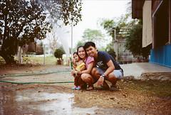 Family Apr2016 (Manny_Sawasdee) Tags: mediumformat mona ishootfilm filmcamera kodakfilm kodakportra400 kodakportra film120 iusefilm gw690ii filmforever ilikefilm fujigw690ii filmneverdie ilikefilmcamera filmcrazy monapankaew