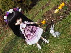 Lea und Calista (sh0pi) Tags: blue bunny fashion easter happy doll bell alice disney fawn lea romantic pullip ostern custom limited hase disneystore puppe tinker frohe calista legende dollyboutique neverbeast nimmerbiest